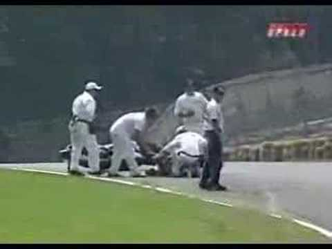 Live footage of Ben Spies crash at road atlanta, this is from the 2007 season.