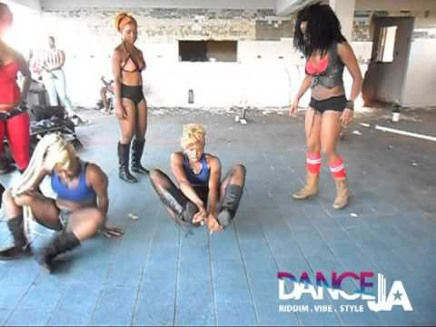 On Set: Konshens- walk & Wine Flexible Dancehall Girls [[xxx-rated]] video