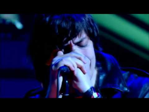 Strokes - Under The Cover Of Darkness Live