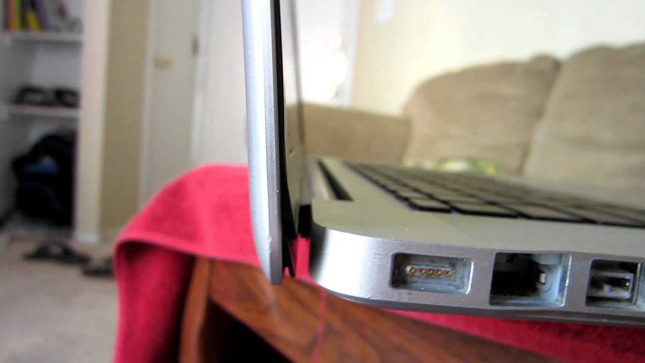 how to fix macbook pro screen hinge