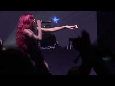 Azealia Banks - 1991 live @FreeFormFestival (Warsaw 11.05.2013)