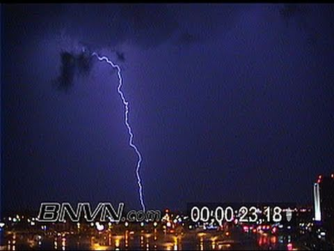 7/8/2000 Lightning video from Bloomington MN