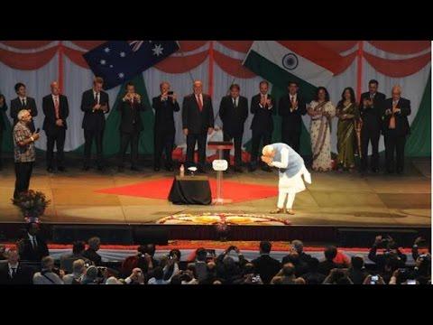 Narendra Modi's euphoric welcome at Sydney's Allphones Arena