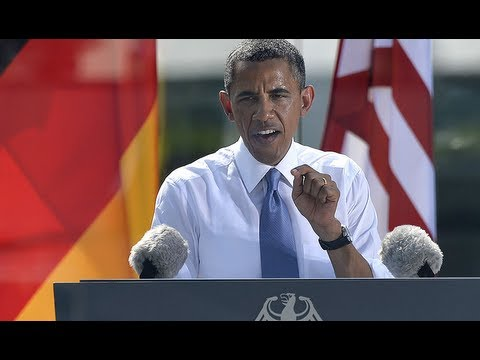 Barack Obama calls for nuclear weapon reduction in Berlin