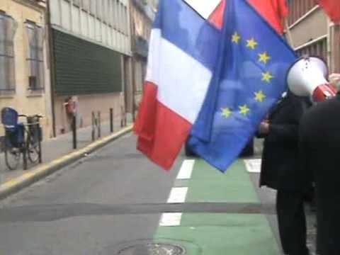 MANIFESTATION DEVANT LE CONSULAT D'ALGERIE A TOULOUSE