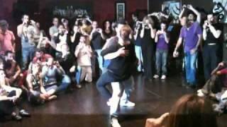 Daniel Santacruz - Bailando contigo [bachata romántica]