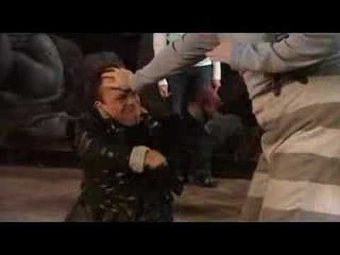 Extras - Ricky Gervais Kicks Warwick Davis in the Face
