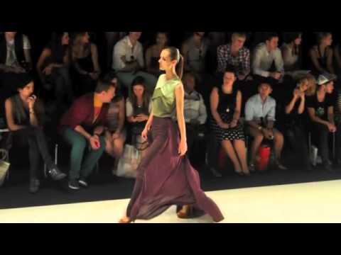 Fashion Show Fail Heels High heels Fashionshow