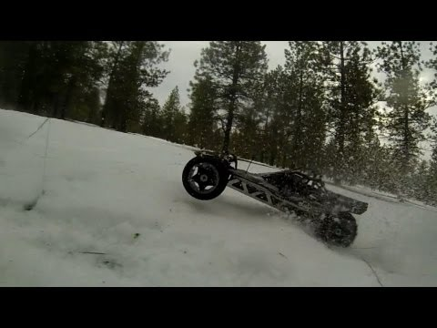 2 Stroke BAJA 5B RC Buggy In The Snow