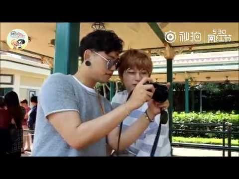 [Engsub][ZhaoShi] Take photographs at Disney Land (HongKong)