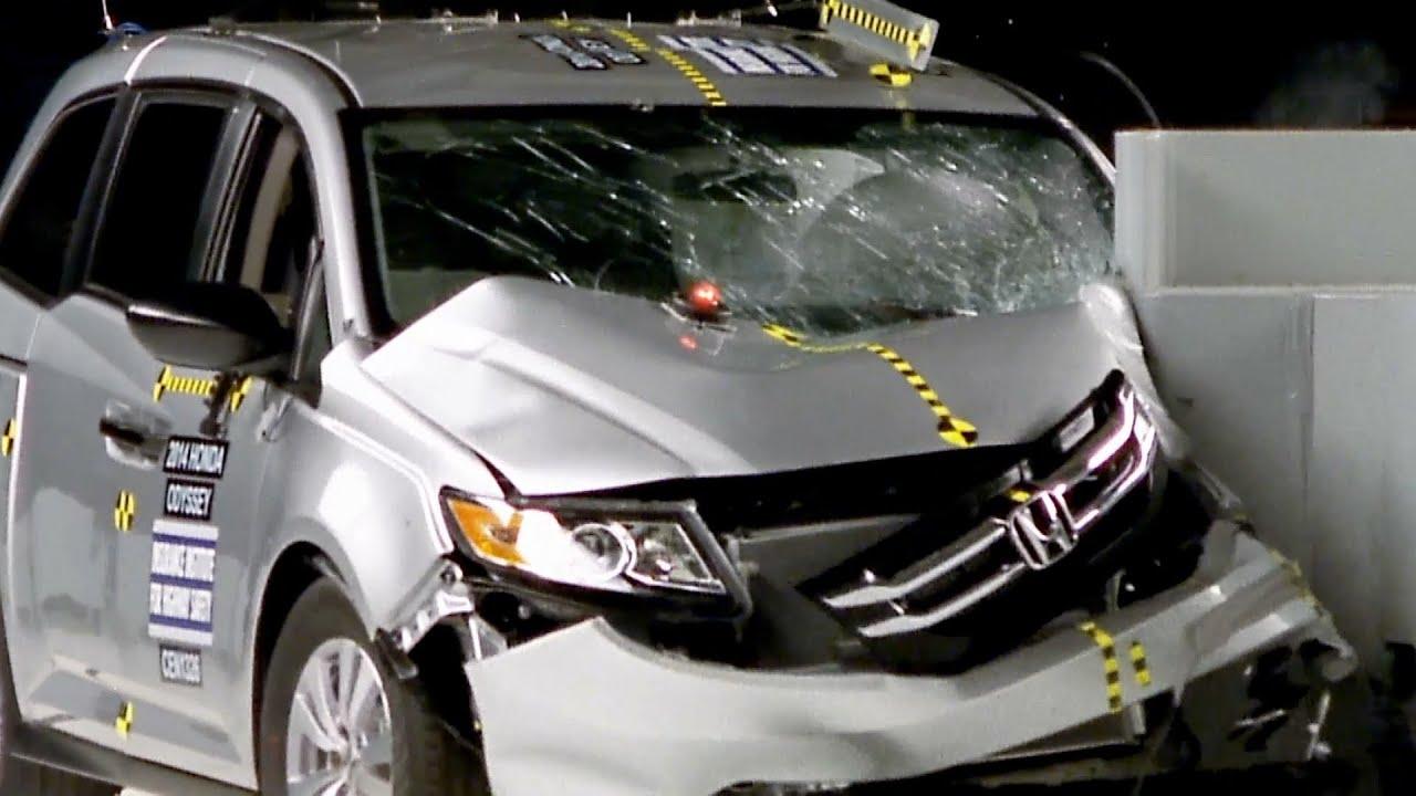 2014 Honda Odyssey Crash Test Youtube
