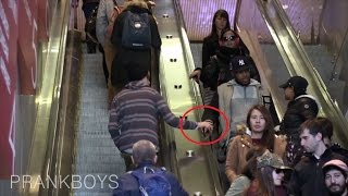 Touching Hands On The Escalator Prank (FUNNY REACTIONS) - How To Piss Guys Off!