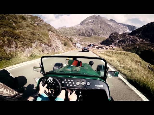 Caterham 485 on Sustenpass //pure roads (Porsche Turbo ...