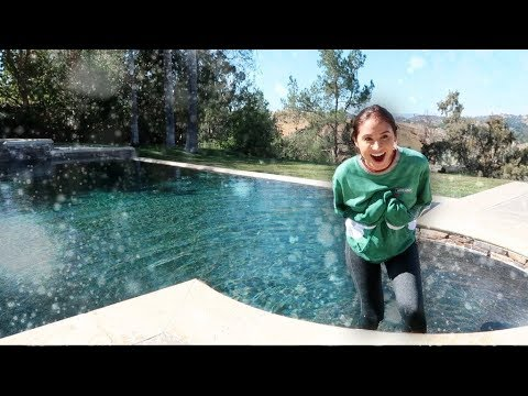CATHERINE JUMPING INTO FREEZING COLD POOL!!! (SHE LOST THE BET)