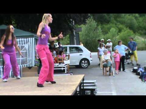 Zumba-beroun.cz 11.6.2011 - Mueve La Cadera video