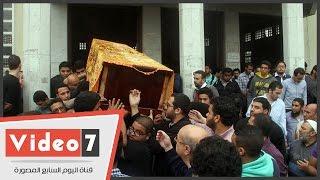 تشييع جثمان الطالبة يارا طارق ومراسم دفن جثمانها فى مقابر الوفاء والأمل