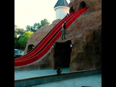 Mortal para atrás en el parque Viveros. (Nuevo Laredo)