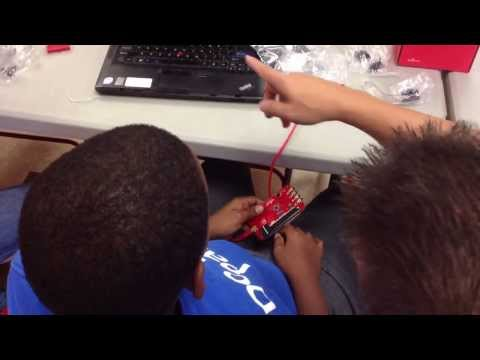 Scratch with Hardware Control using Sparkfun picoboard