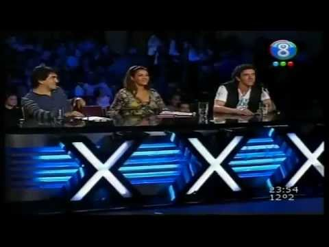 Show de humor e imitaciones de cantantes femeninas