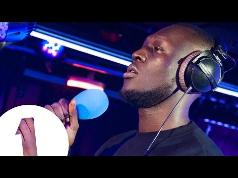 Download  Stormzy - Ultralight Beam Kanye West cover in the Live Lounge Gratis, download lagu terbaru