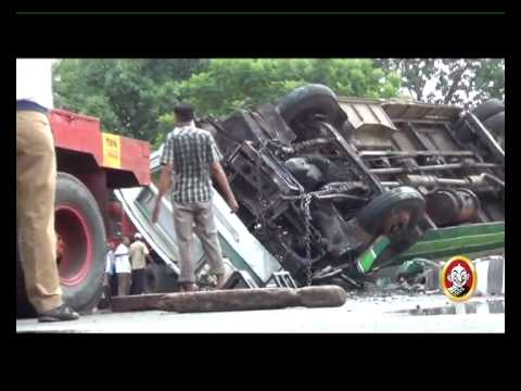 Chennai Bus falls off from flyover, 40 injured