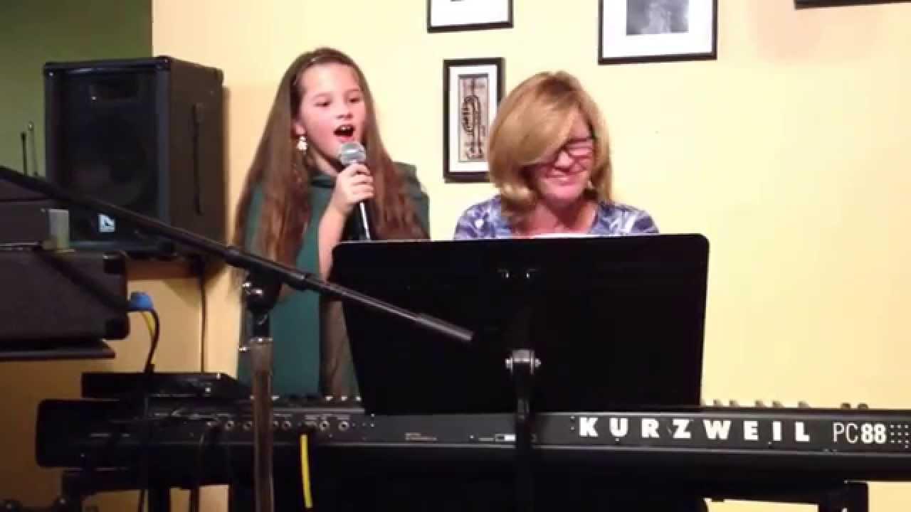 Amazing Little Girl Singer Amazing Little Girl