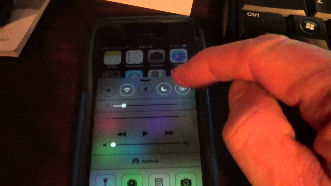 how to change the screen rotation on iphone