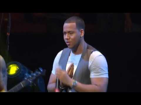 Aventura - El Perdedor (Live)  SOLD OUT | Madison Square Garden Music Videos