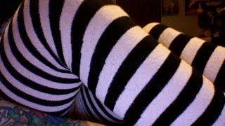 Review: Sock Dreams M-Stripes Thigh-High Socks