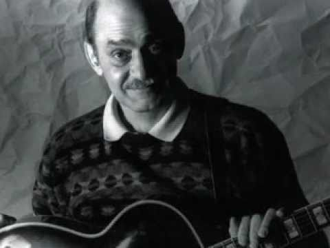 Joe Pass - April in Paris