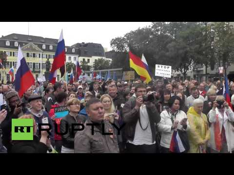 Germany: Pro-Russian protesters rally against fascism in Ukraine