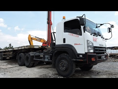 Trailer Truck Isuzu GIGA FVZ 285PS Day And Night