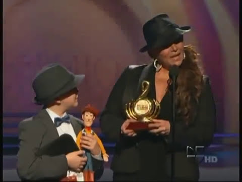 Jenni Rivera Ganadora de Artista Ranchero Del Ano Y Artista Femenina Del Ano PLN 2011