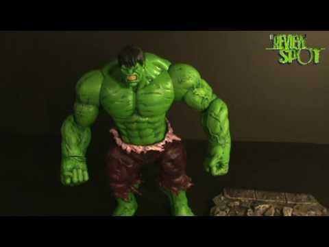 Toy Spot - Marvel Select The Incredible Hulk Figure