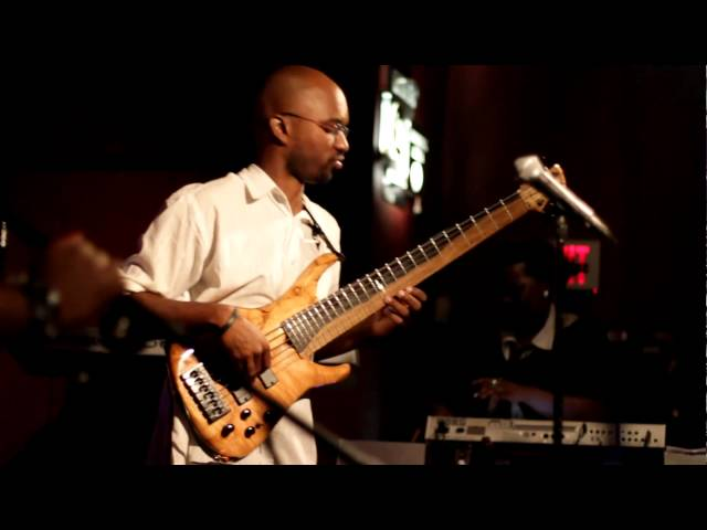 Anthony Crawford Live On Bass @ Aura Club - Pt 2