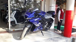Yamaha R15 V3 MotoGP Edition 2019  Review In Hindi  Price  mileage  Features and Specifications
