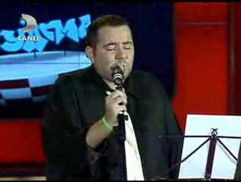 Ata Demirer facebook için yazıp bestelediği müzik hacıyatmaz