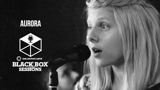 "AURORA - Indie88「Black Box Sessions」にて""Warrior""など2曲を披露 映像を公開 thm Music info Clip"