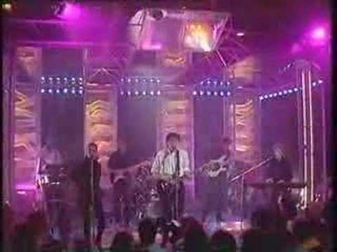 LATIN QUARTER performing 'RADIO AFRICA' on TOTP