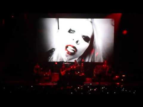 Avril Lavigne - Bad Girl (live In Argentina) video