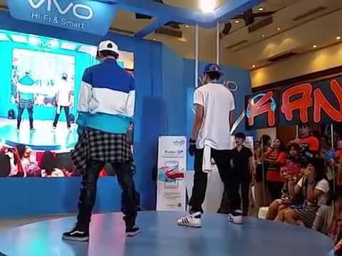 141004 Dong w/ Kangsom - รักเธอ 24 ชั่วโมง@Vivo Thailand Mobile Expo 2014