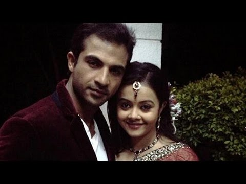 Ahem And Gopi GET INTIMATE In Saath Nibhana Saathiya 10th April...