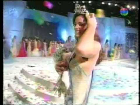 Miss Dominican Republic Universe 2005 - Crowning Moment
