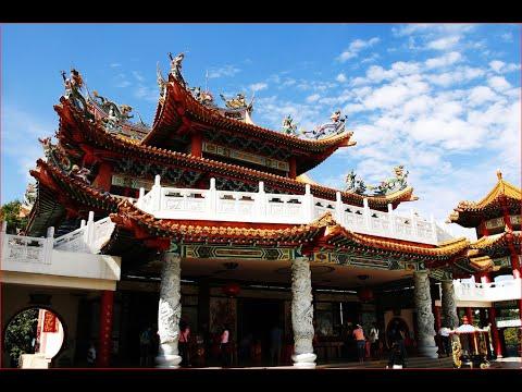 Visiting Thean Hou Temple, Temple in Kuala Lumpur, Malaysia