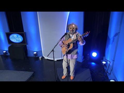 "Vance Gilbert plays ""God Bless Everyone"" on The Steve Katsos Show"