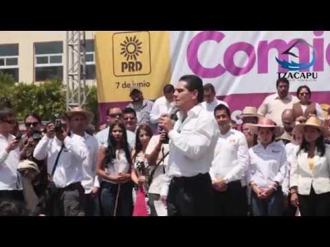 Silvano Aureoles en Zitácuaro, Michoacán