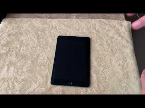 Клею защитное стекло на iPad mini 5