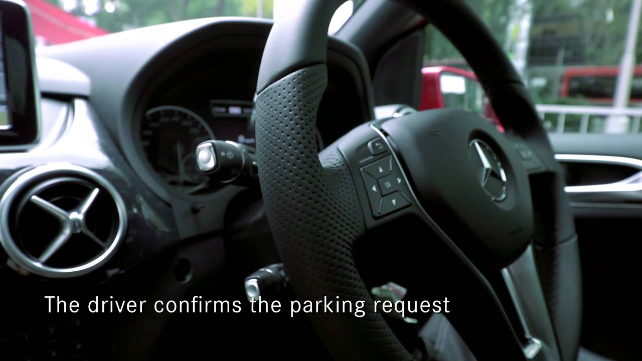 Mercedes benz singapore active parking assist on the new for Mercedes benz assist
