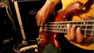 Download Lagu Michael Skinner - Old School Bass Cover (DMV Bass Player) Loop Station Gratis STAFABAND