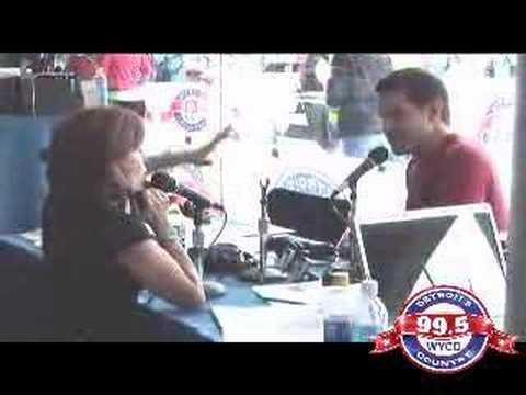 Ty Herdnon at the 99.5 WYCD Downtown Hoedown